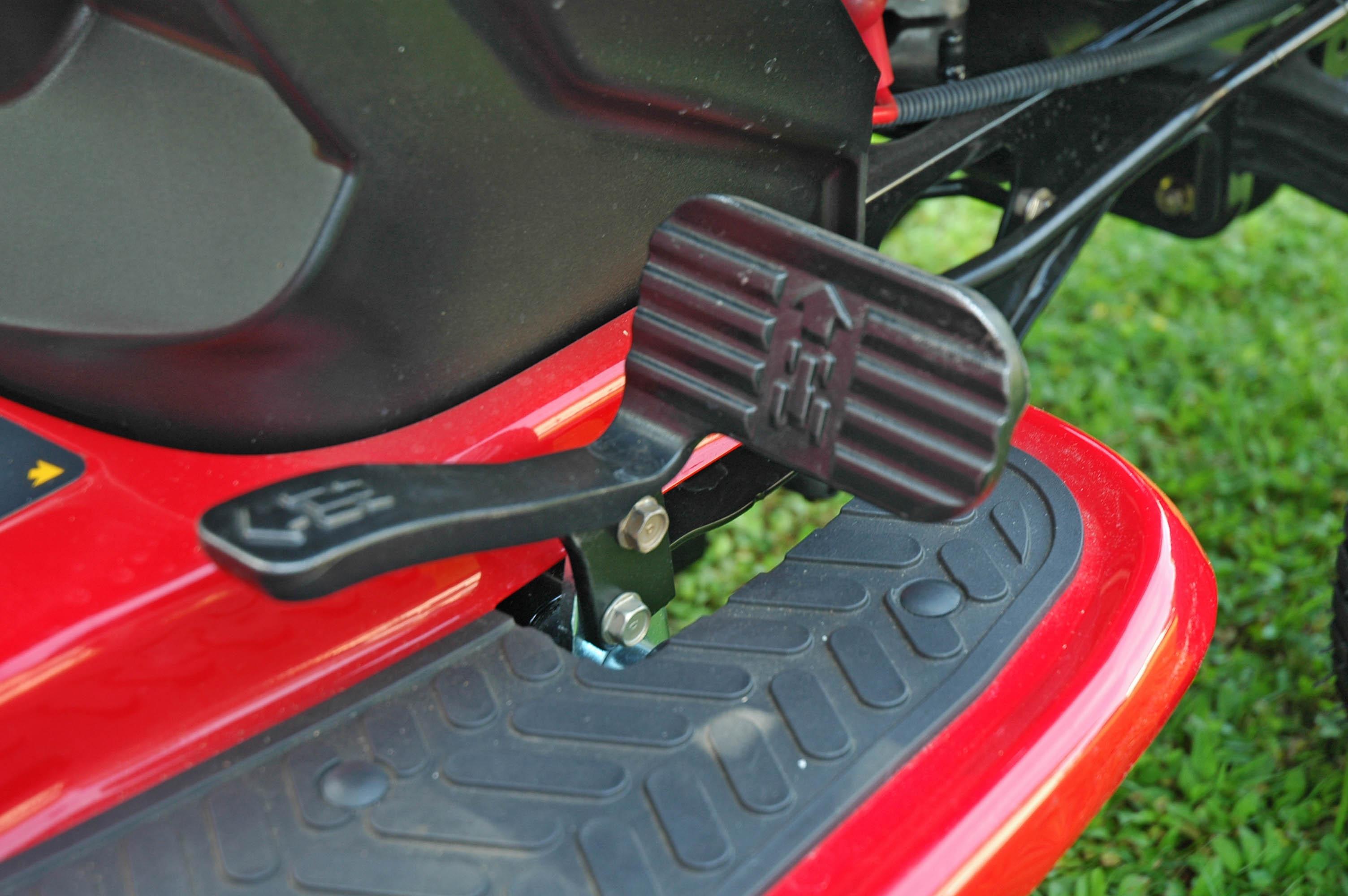 Briggs And Stratton Endurance Vs  Hp Kawasaki Fr